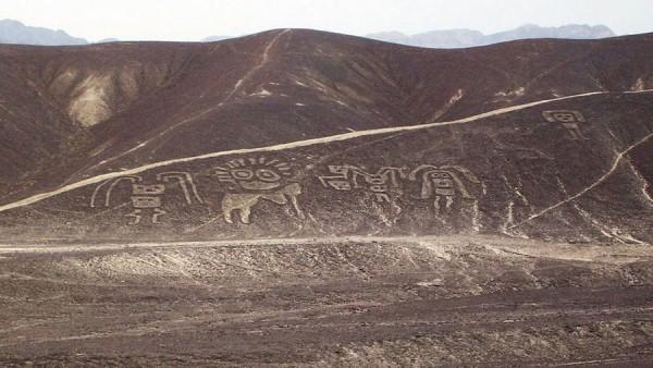 Петроглифы Ллипата, Перу