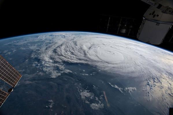 ураган Харви из космоса