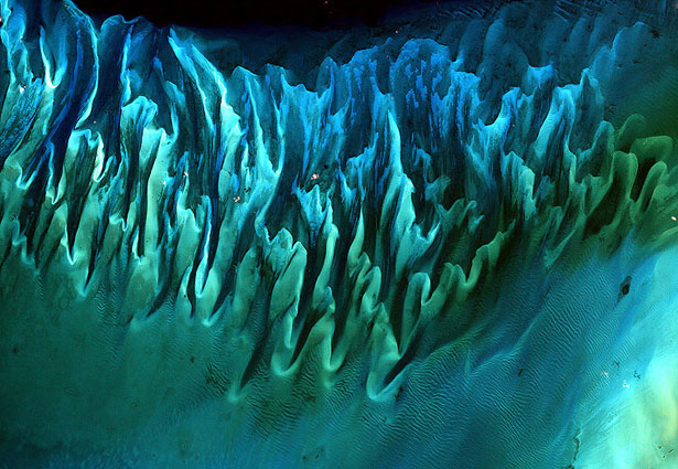 Ocean Sands of the Bahamas